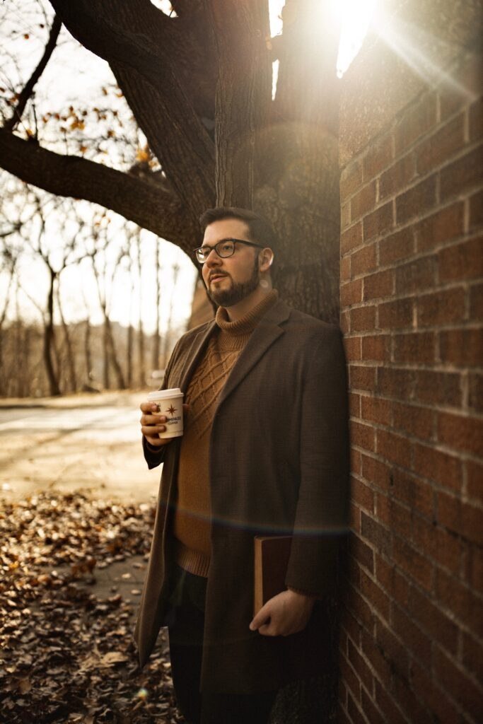 Austin Rutland's Cozy Corner of Instagram Promises Unique Content, Profitable Niche
